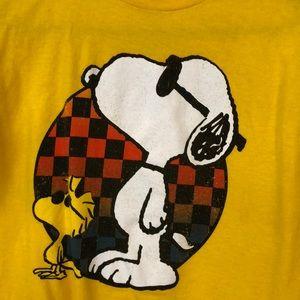 Peanuts Tops - Peanuts tee.